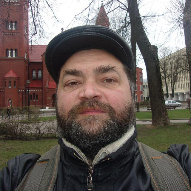 Руслан Царев